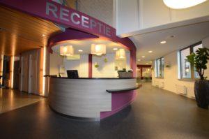 drijvers-oisterwijk-gemeentehuis-haaren-interieur-utiliteit-kleurrijk (7)