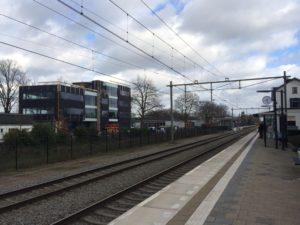 drijvers-oisterwijk-exterieur-utiliteit-nieuwbouw-mutsaerts-oisterwijk-station-natuursteen (1)