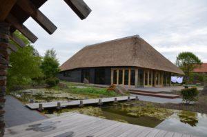 drijvers-oisterwijk-exterieur-nieuwbouw-villa-boerderij-particulier-riet-kap-hout-metselwerk-theehuis-bed-en-breakfast-stal-hout-spant (19)