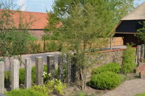 drijvers-oisterwijk-exterieur-nieuwbouw-villa-boerderij-particulier-riet-kap-hout-metselwerk-theehuis-bed-en-breakfast-stal-hout-spant (3)