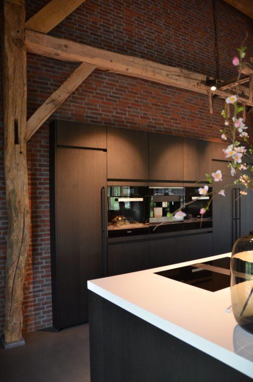 drijvers-oisterwijk-interieur-particulier-nieuwbouw-villa-boerderij-modern-landelijk-hout-spant (5)