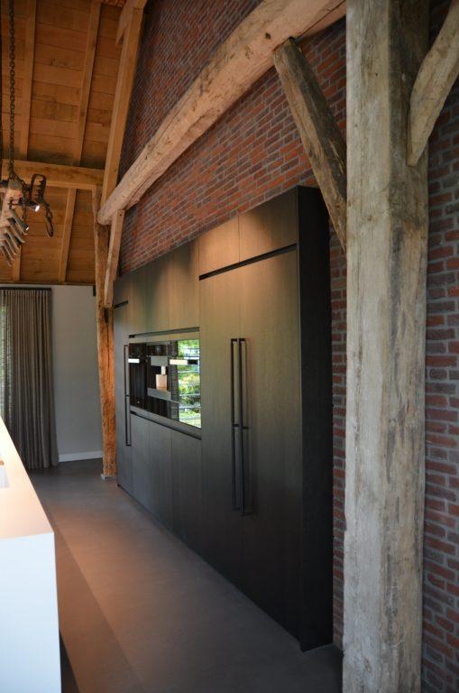 drijvers-oisterwijk-interieur-particulier-nieuwbouw-villa-boerderij-modern-landelijk-hout-spant (6)