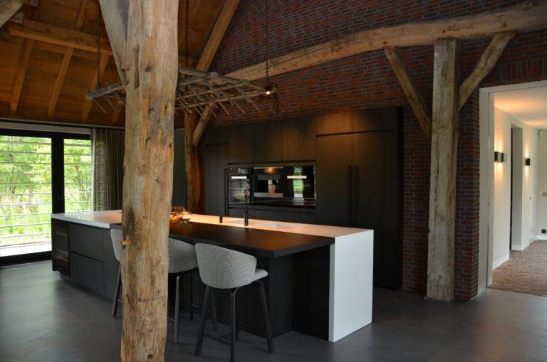 drijvers-oisterwijk-interieur-particulier-nieuwbouw-villa-boerderij-modern-landelijk-hout-spant (9)