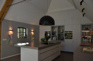 drijvers-oisterwijk-interieur-verbouwing-boerderij-modern-landelijk-keuken-particulier-hout-spant (6)