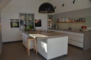 drijvers-oisterwijk-interieur-verbouwing-boerderij-modern-landelijk-keuken-particulier-hout-spant (9)