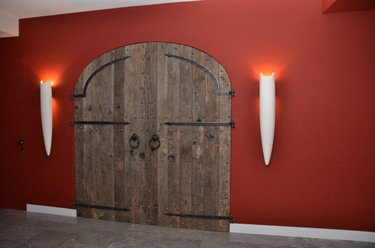 drijver-oisterwijk-interieur-kelder-dubbele-deur-wijn-hal (1)