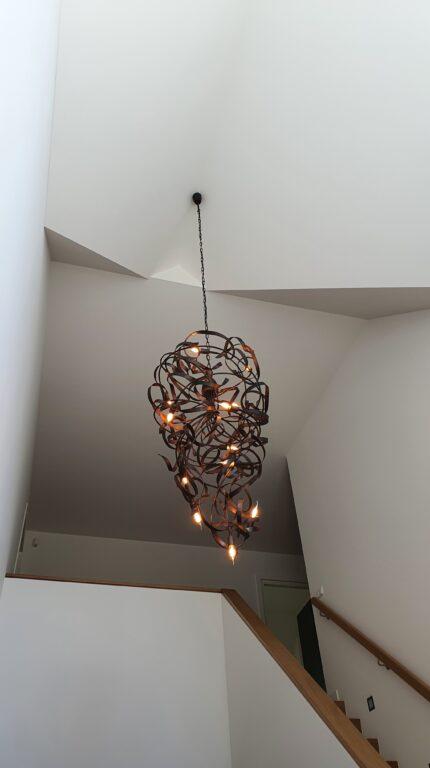 drijvers-oisterwijk-interieur-nieuwbouw-villa-zwarte-kozijnen-modern (1)