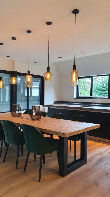 drijvers-oisterwijk-interieur-nieuwbouw-villa-zwarte-kozijnen-modern (7)