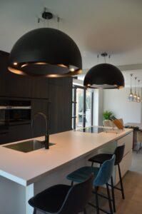 drijvers-oisterwijk-verbouwing-interieur-modern-hout-gevel-armaturen-keuken-woonkamer (19)