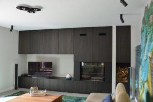 drijvers-oisterwijk-verbouwing-interieur-modern-hout-gevel-armaturen-keuken-woonkamer (3)