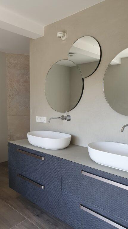 drijvers-oisterwijk-verbouwing-interieur-details-hout-front-strak-modern-particulier-badkamer-keuken-armaturen (10)