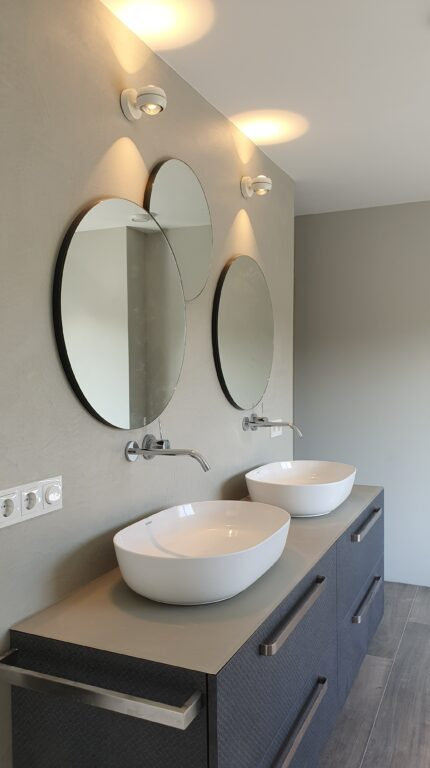 drijvers-oisterwijk-verbouwing-interieur-details-hout-front-strak-modern-particulier-badkamer-keuken-armaturen (11)
