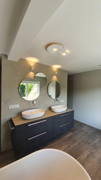 drijvers-oisterwijk-verbouwing-interieur-details-hout-front-strak-modern-particulier-badkamer-keuken-armaturen (13)