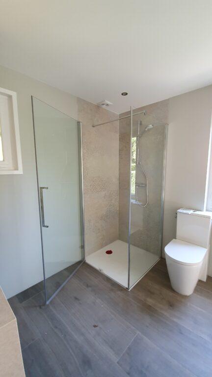 drijvers-oisterwijk-verbouwing-interieur-details-hout-front-strak-modern-particulier-badkamer-keuken-armaturen (14)
