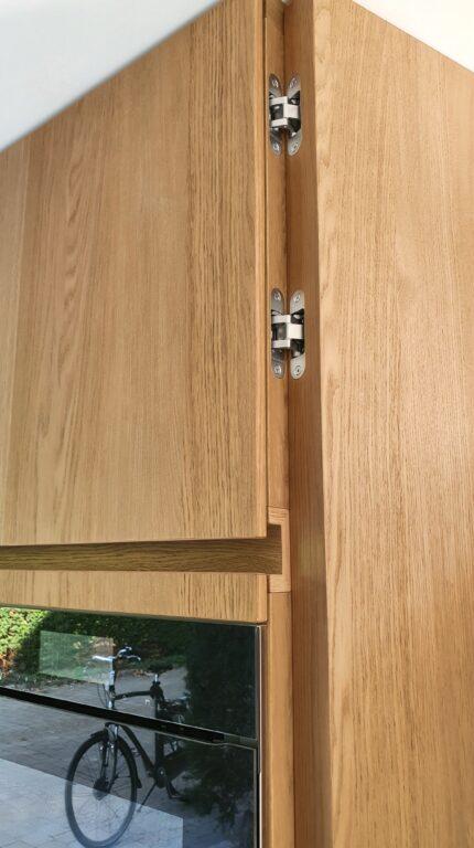 drijvers-oisterwijk-verbouwing-interieur-details-hout-front-strak-modern-particulier-badkamer-keuken-armaturen (2)