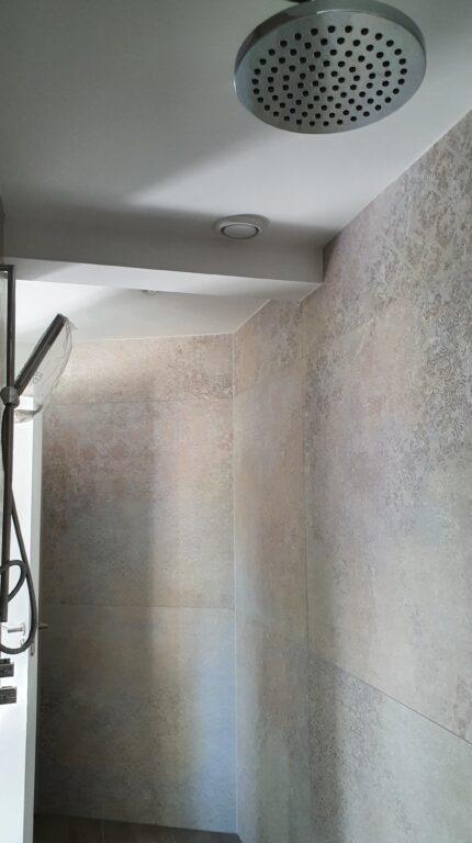 drijvers-oisterwijk-verbouwing-interieur-details-hout-front-strak-modern-particulier-badkamer-keuken-armaturen (8)