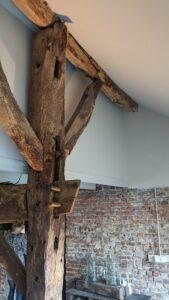 drijvers-oisterwijk-restauratie-boerderij-verbouwing-exterieur-interieur-houten-spant-steen-landelijk (13)