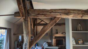 drijvers-oisterwijk-restauratie-boerderij-verbouwing-exterieur-interieur-houten-spant-steen-landelijk (9)