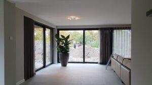drijvers-oisterwijk-verbouwing-interieur-modern-armaturen-badkamer-tapijt-slaapkamer-hal-entree-armaturen-planten (10)