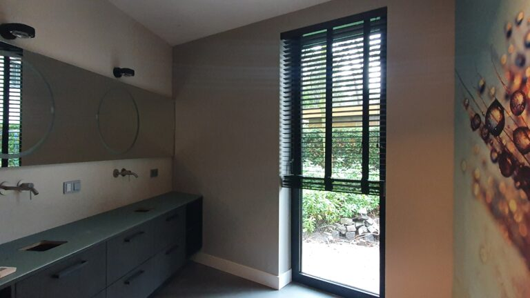 drijvers-oisterwijk-interieur-verbouwing-behang-armaturen-modern-particulier (7)