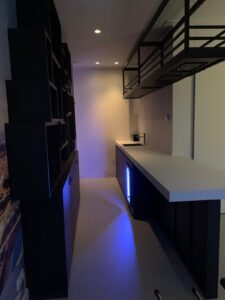 drijvers-oisterwijk-nieuwsbericht-bar-interieur-verbouwing-fotobehang-maatwerk-kast (1)