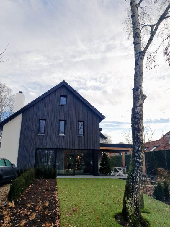 drijvers-oisterwijk-schoorsteen-stuc-verbouwing-particulier-modern-min