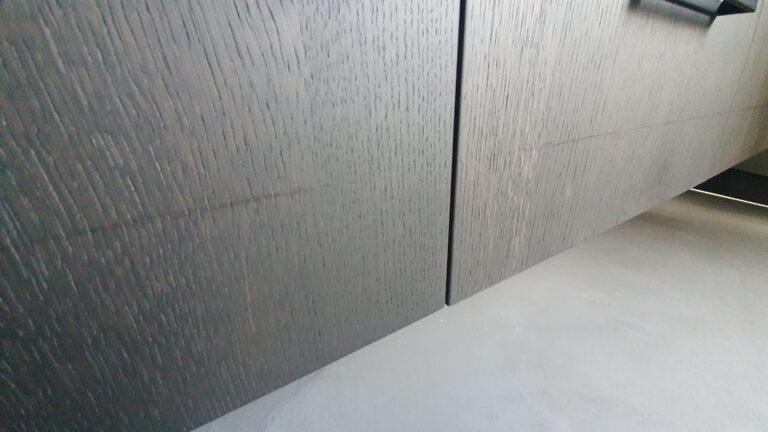drijvers-oisterwijk-interieur-verbouwing-behang-armaturen-modern-particulier-detail-badkamer-woonkamer (2)