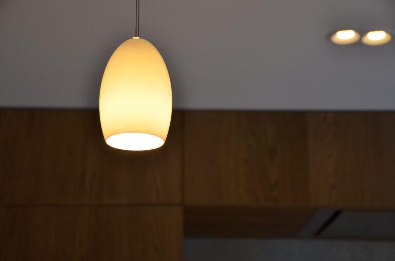drijvers-oisterwijk-interieur-particulier-verbouwing-modern-armaturen-keuken-badkamer-woonkamer-eetkamer-tegel-hout-look (11)