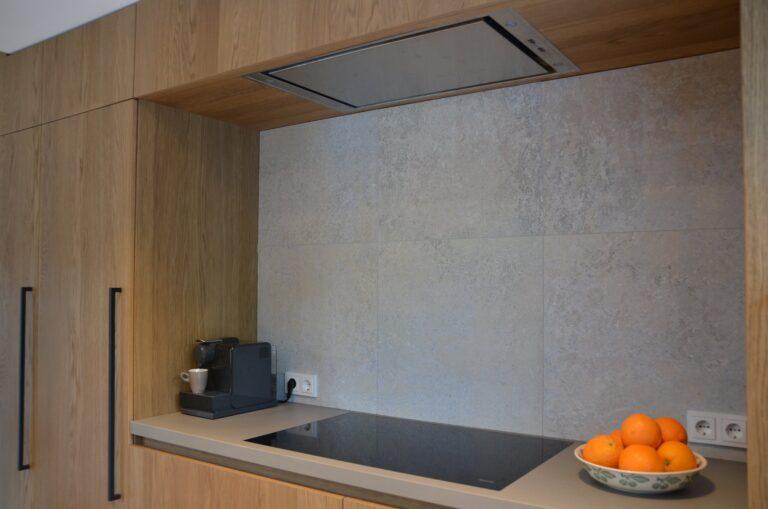 drijvers-oisterwijk-interieur-particulier-verbouwing-modern-armaturen-keuken-badkamer-woonkamer-eetkamer-tegel-hout-look (12)