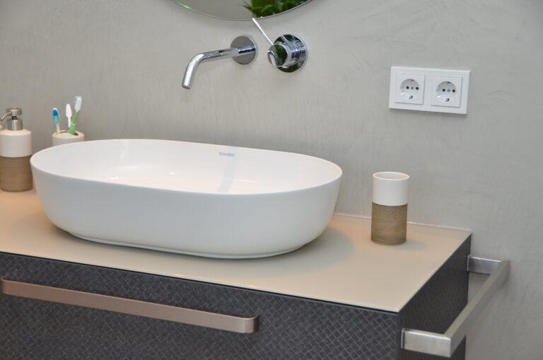 drijvers-oisterwijk-interieur-particulier-verbouwing-modern-armaturen-keuken-badkamer-woonkamer-eetkamer-tegel-hout-look (27)