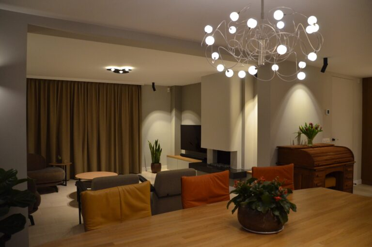 drijvers-oisterwijk-interieur-particulier-verbouwing-modern-armaturen-keuken-badkamer-woonkamer-eetkamer-tegel-hout-look (37)
