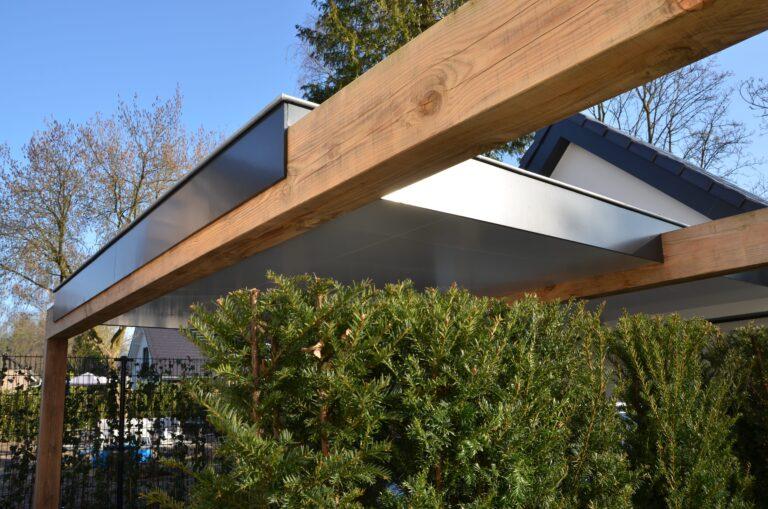 drijvers-oisterwijk-verbouwing-exterieur-interieur-particulier-modern-gemoderniseerd-houten-gevel-spanten-zwembad-wit-stucwerk-pannendak (21)