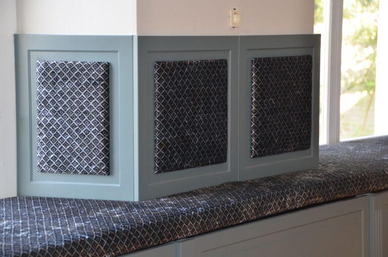 drijvers-oisterwijk-interieur-verbouwing-modern-landelijk-particulier-behang-openhaard-marmer-keuken-woonkamer-bruintinten-armaturen (12)