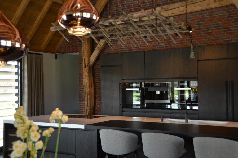 drijvers-oisterwijk-interieur-particulier-nieuwbouw-villa-boerderij-modern-landelijk-hout-spant (3)